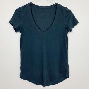Lululemon | Love Tee V-Neck Short Sleeve Shirt